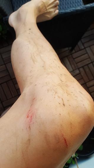 Lite blod och lera helt enkelt! Cykeln gjordes rent vid midnatt och blev ca halvkilot lättare..